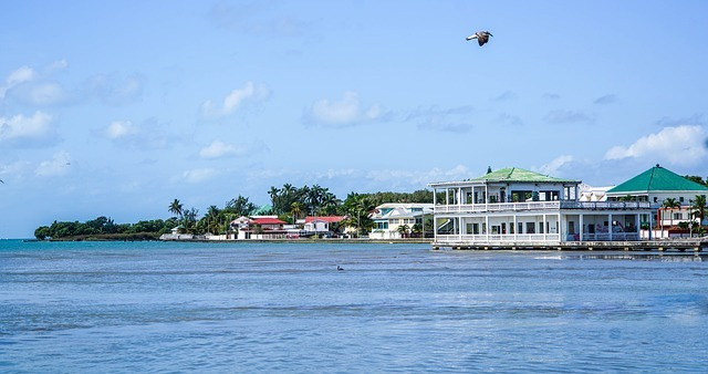 belize-city-1327717_640