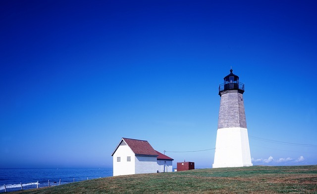 lighthouse-1666727_640