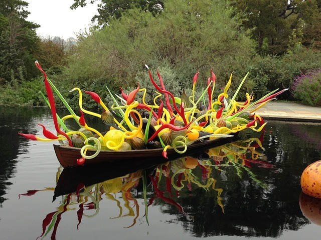 chihuly garden sculptures