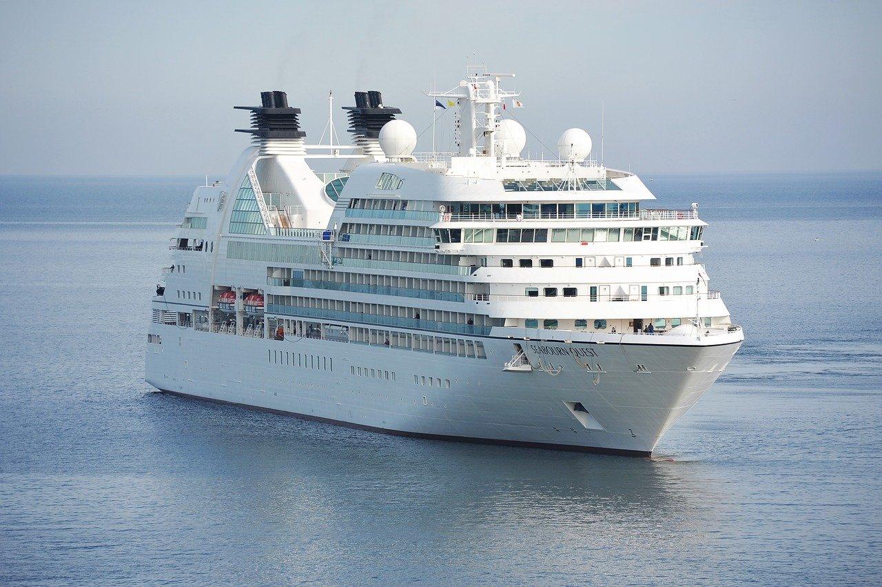 luxury cruise travel agency